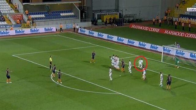 Kasımpaşa-Başakşehir maçına damga vuran an