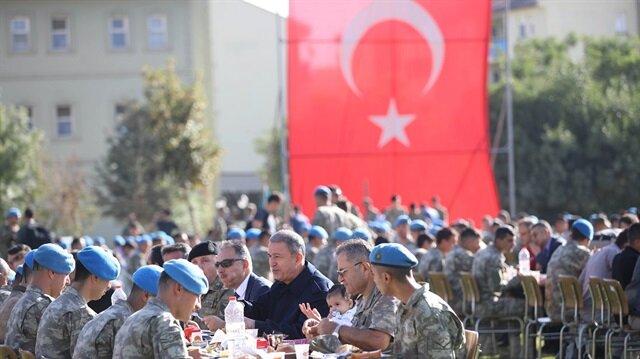 أردوغان يهنئ قوات بلاده المشاركة في مكافحة الإرهاب بعيد الأضحى