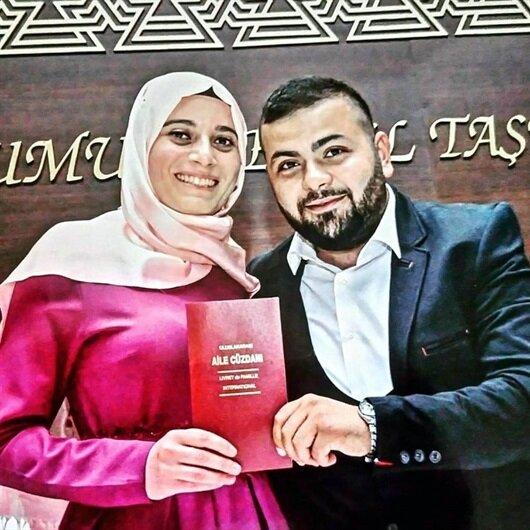 Düğün davetiyelerini dağıtırken eşini ve annesini kaybetti