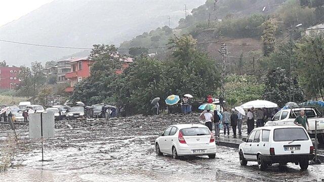 Trabzon ve çevre iller için sağanak yağış uyarısı