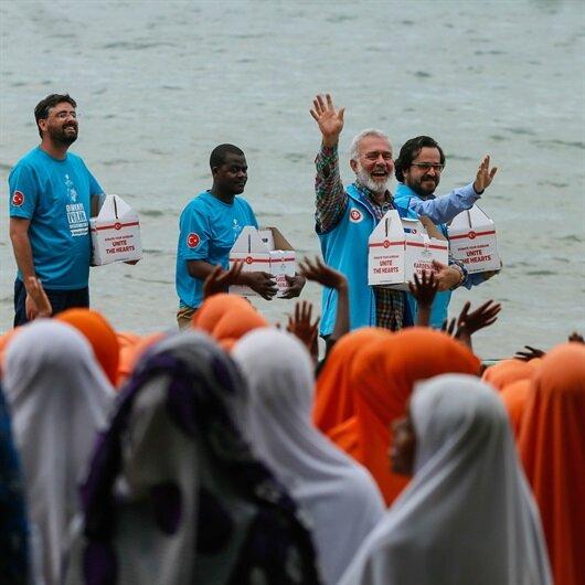 Bahadır Yenişehirlioğlu Zanzibar'da ilahilerle karşılandı
