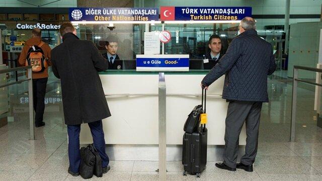 Her yıl çok sayıda vatandaş pasaportlarıyla yurtdışına çıkış yapıyor. Arşiv.