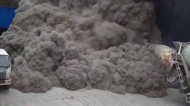 Çimento fabrikası toz duman oldu