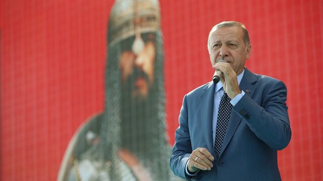 Anadolu'yu bu millete vatan yapan Malazgirt Zaferi'nin 947. yıldönümünde Cumhurbaşkanı Erdoğan, Sultan Alparslan'ın cihadına sahne olan meydandan seslendi