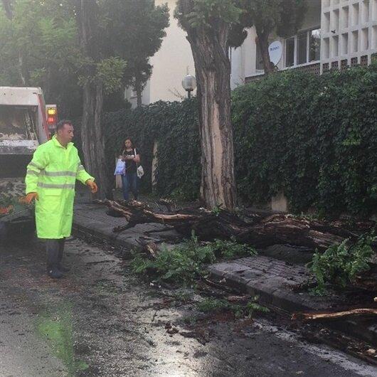 Eskişehir'de sağanak yağış hayatı olumsuz etkiledi