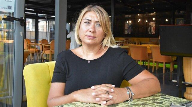 İzmir'in Karşıyaka ilçesindeki kafeteryanın sahibi Sim Öz