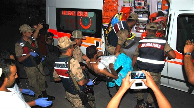 Jandarma ekiplerince yoğun güvenlik önlemleri altında adliyeye sevk edilen zanlı, çıkarıldığı nöbetçi mahkemece tutuklandı.