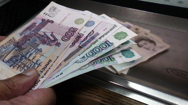 'Rusya doların diktasından kurtuluyor'