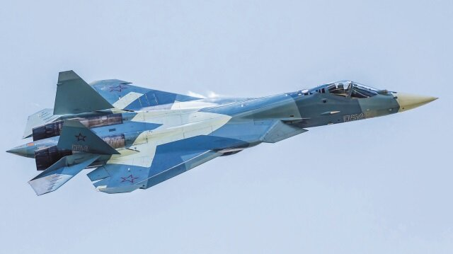 Ruslar savaş uçağında istekli