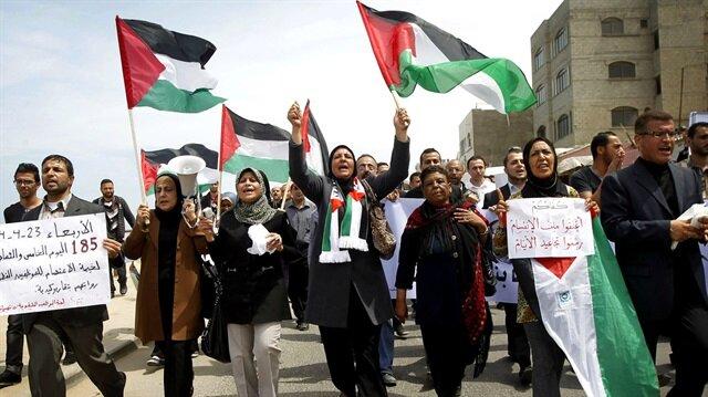 Filistin'den yardımları durduran ABD'ye tepki