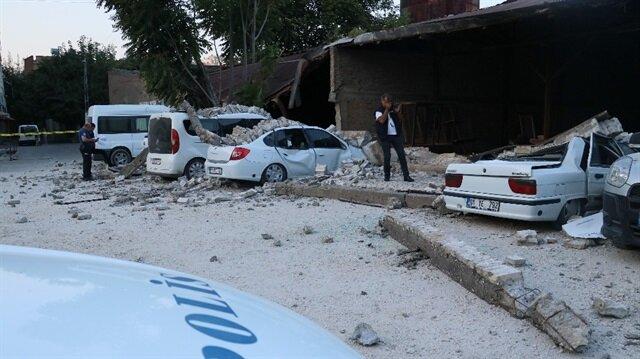 Adana'da atıl bir fabrikanın duvarı çöktü.