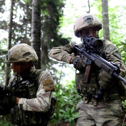 Mehmetçik Karadeniz'de 2 PKK'lı teröristin peşinde