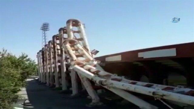 19 Mayıs Stadyumu'nun dev demir blokları domino gibi yıkıldı