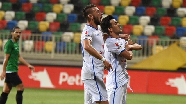 Hüseyin Üner'in Denizlispor maçındaki gol sevinci.