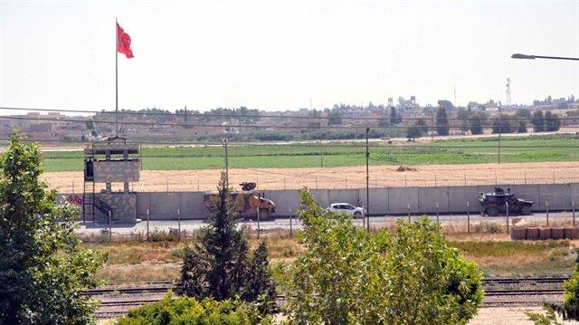 Suriye sınırında güvenlik önlemleri en üst seviyeye çıkarken, ekipler aralıklarla devriye atma görevlerine devam ediyor.