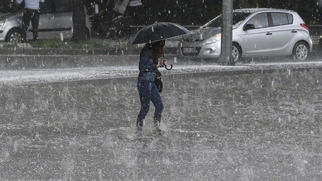 Bazı illere kuvvetli yağış uyarısı yapıldı.