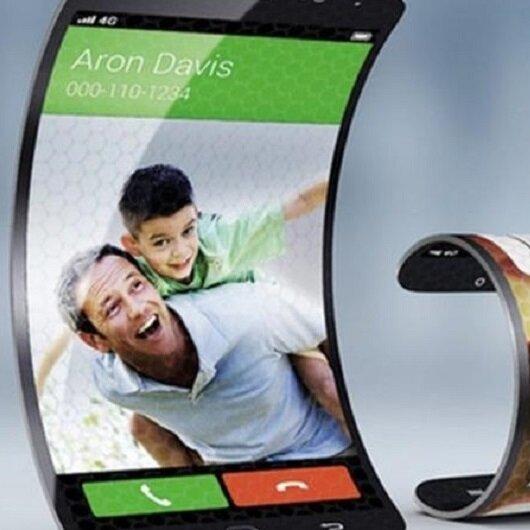 سامسونغ: هاتف ذكي قابل للطي هذا العام
