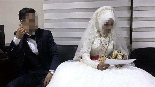 İhbar üzerine düğün salonuna giden polis ekipleri 14 yaşındaki gelini koruma altına aldı ve nikahı iptal etti.