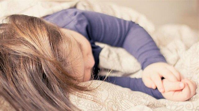 Uyku sorunu olan çocuklara müzik terapisi