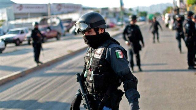Uyuşturucu karteli polislere pusu kurdu: 4 polis hayatını kaybetti