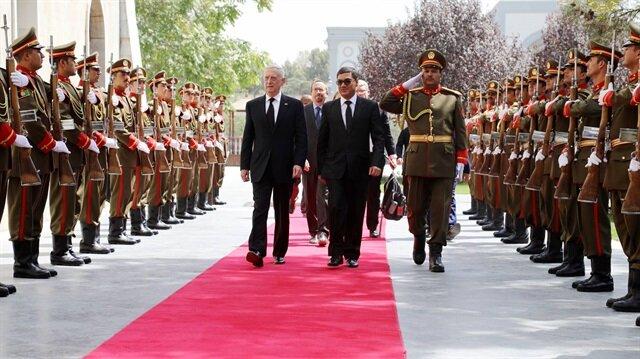 ABD Savunma Bakanı James Mattis ve Afganistan Cumhurbaşkanı Eşref Gani