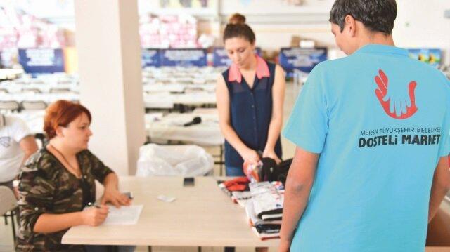 Büyükşehir Belediyesi, ikinci el ürünleri değerlendirerek ihtiyaç sahiplerine yeni ürünler olarak teslim ediyor.