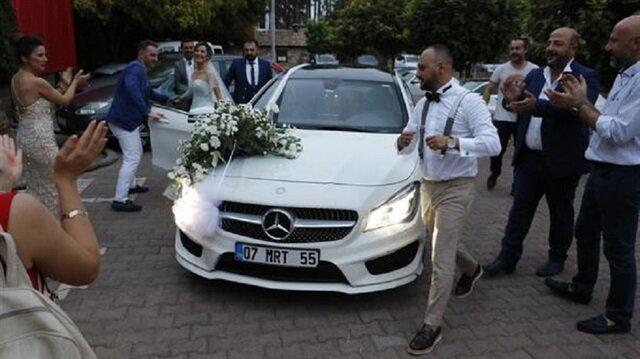 Antalya'da düğüne haciz memurları geldi