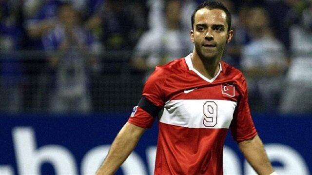 Semih Şentürk, milli takım formasıyla 29 maçta 9 gol kaydetmişti.