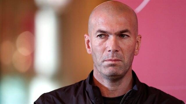 Zidane kulübeye dönüyor