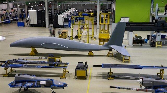 Türkiye'ye insansız hava aracı teknolojilerinde sınıf atlatacak taarruzi İHA Akıncı'nın, 2019'un ilk çeyreğinde gökyüzüyle buluşması hedefleniyor.