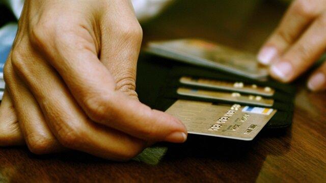 Takipteki kart borçlusu azaldı