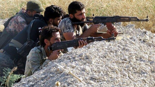 Esed  rejiminin hedefinde olan ve son günlerde Rus savaş uçaklarının desteği ile havadan çevresi vurulan İdlib kırsalında muhalifler, kara harekatına karşı eli tetikte bekliyor.