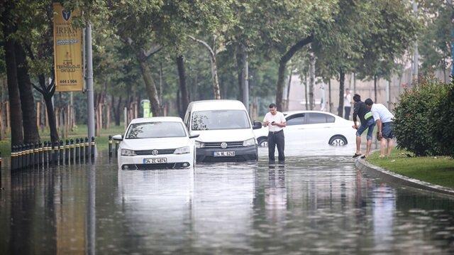 İstanbul'da sağanak yağmur etkili olacak.
