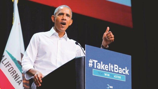 Obama'nın, Kaliforniya'da katıldığı Demokrat Parti mitinginde, 'Artık yeter, terliklerimizi çıkartıp yürüyüşe geçiyoruz' ifadelerini kullanması dikkat çekti.