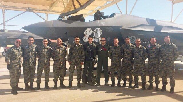 F-35'lerin eğitimleri için Amerika'da bulunan Türk pilotlarına uçağın tüm erişimi verild