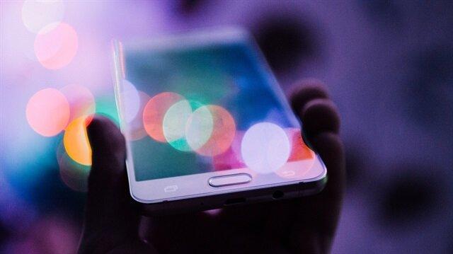 Özellikle akıllı telefonlar dijital tehditlere daha müsait.