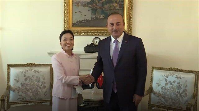 Japonya Prensesi Akiko Mikasanın tırnakları şaşırttı