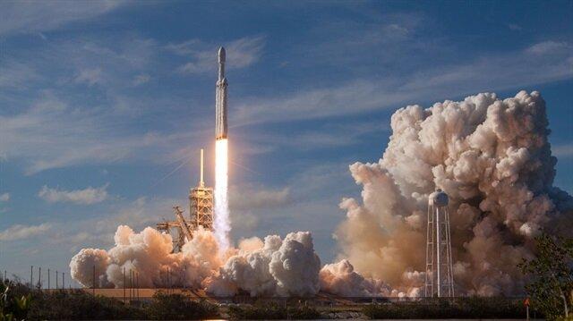 Roket, 77 dakikalık gecikmenin ardından sorunsuz şekilde fırlatıldı.