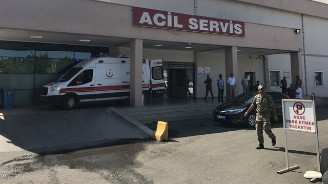 EYP'li saldırının ardından yaralanan askerler hastaneye kaldırıldı.