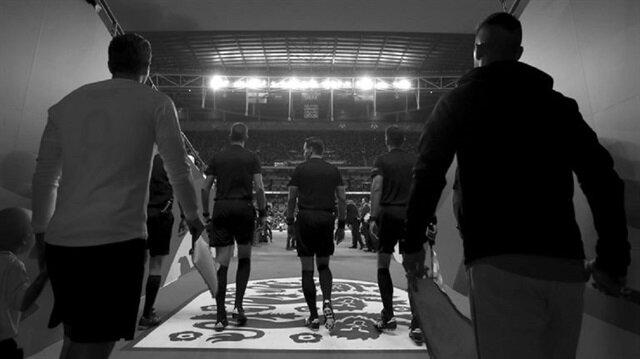 İngiltere'de yarım yüzyıldır siyah-beyaz maç yayını yapılmıyor.