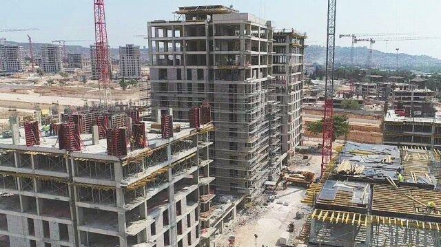 Antalya'da 93 bloktan ve 6417 daireden oluşan ilk etap çalışması tamamlanıyor.