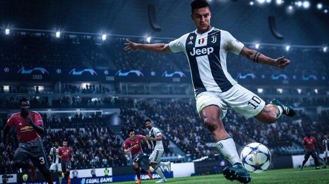 Dybala, oyunun tanıtım görsellerinde Juventus formasıyla görünüyor.