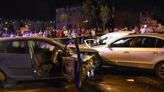 İzmir'de meydana gelen trafik kazasında 7 kişi yaralandı.