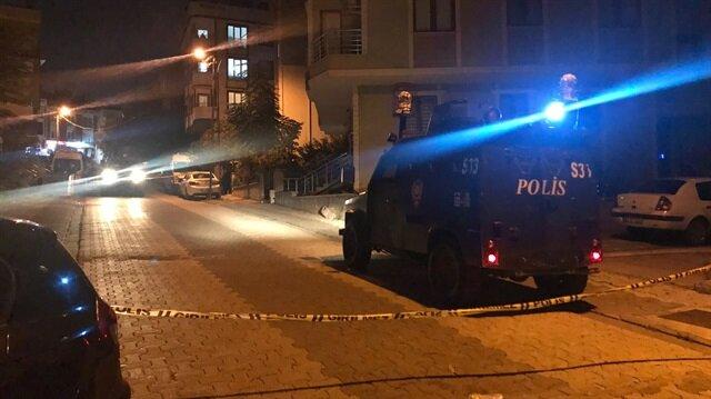 Ataşehir'de sokakta iki el bombası bulundu