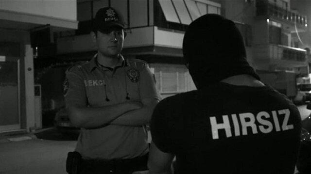 İzmir Emniyet Müdürlüğü'nde görevli polis ve bekçiler filmde rol aldı.