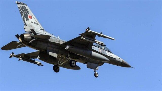 """مقاتلات تركية تُدمر مخابئ """" بي كا كا"""" الإرهابية شمالي العراق"""