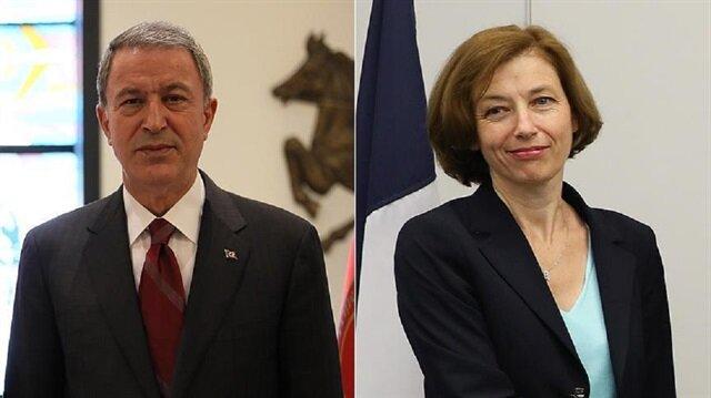 وزير الدفاع التركي خلوصي أكار ونظيرته الفرنسية، فلورنس بارلي
