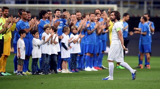 Futbolu bırakan Pirlo'ya 1 maçlık transfer teklifi