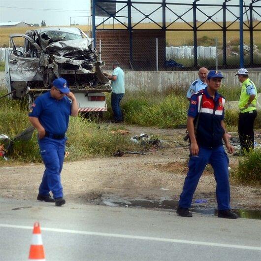 Hastane yolunda feci kaza: 4 ölü