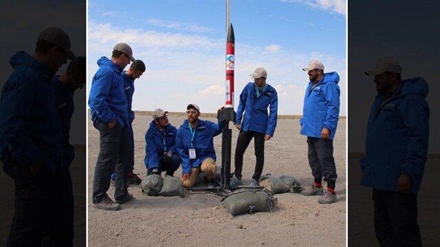 Yapılan yarışmada 5 takım roketleri fırlatarak 2800 metre irtifa hedefine ulaştı.